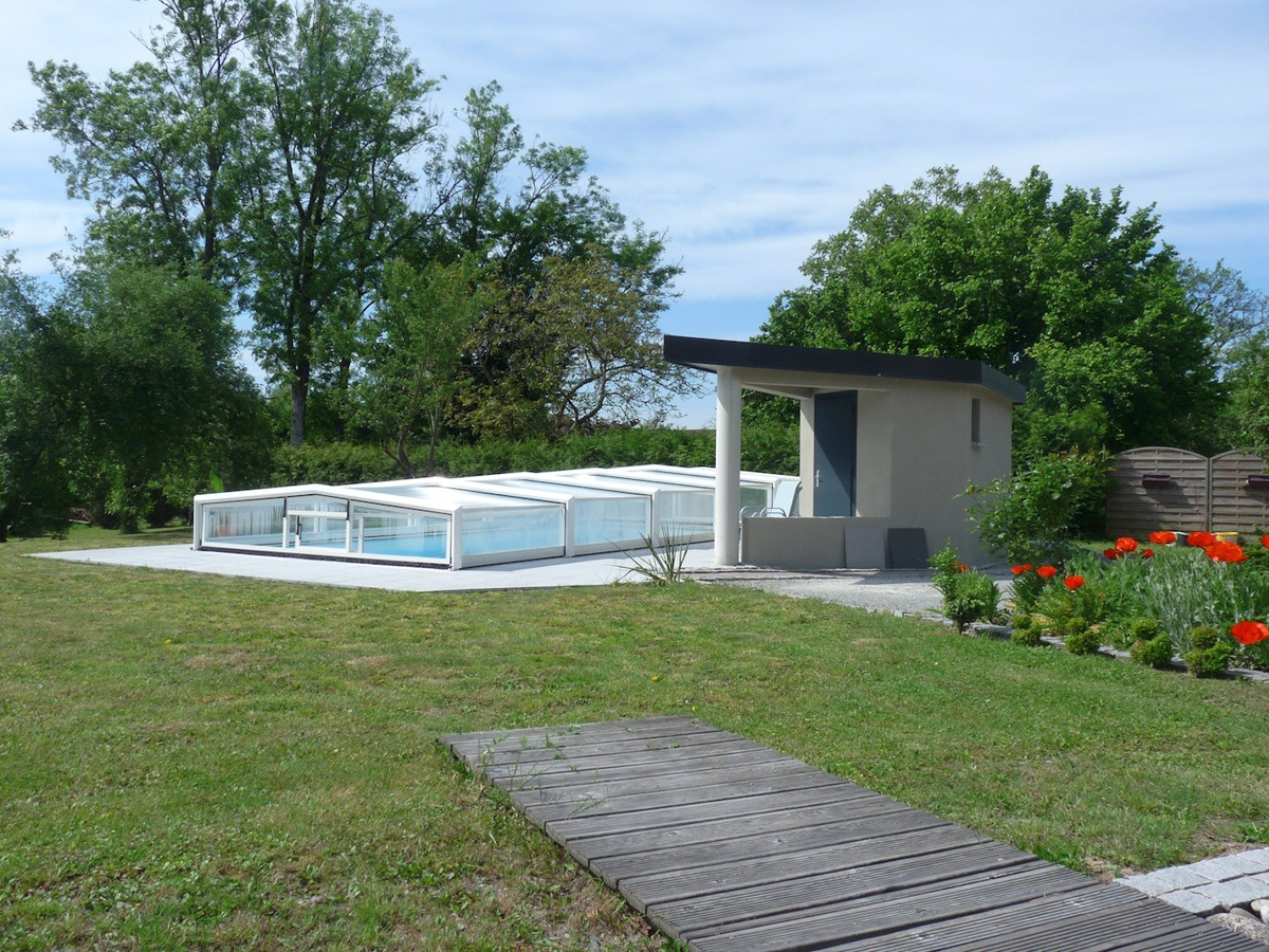 Construction d 39 une piscine ad quadratum architecture for Construction une piscine